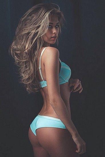 bonus_butts_2426.jpg