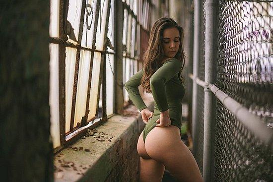 bonus_butts_3483.jpg