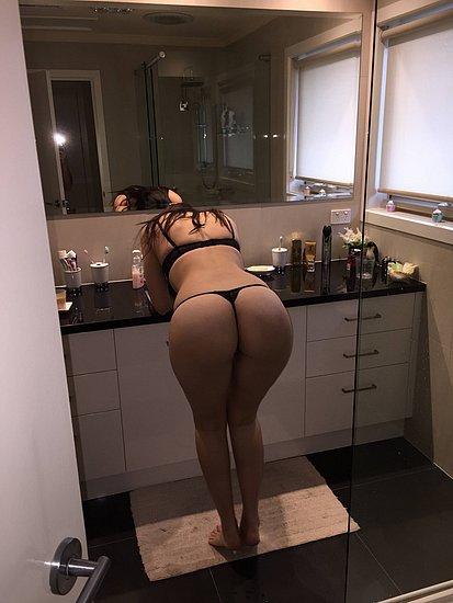 bonus_butts_3489.jpg