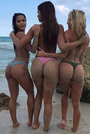 bonus_butts_3819.jpg