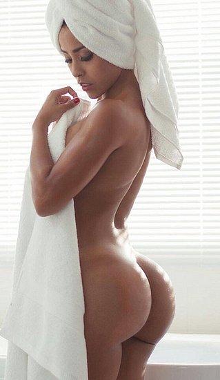 bonus_butts_4325.jpg