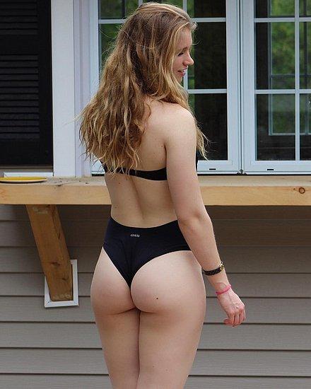 bonus_butts_4390.jpg