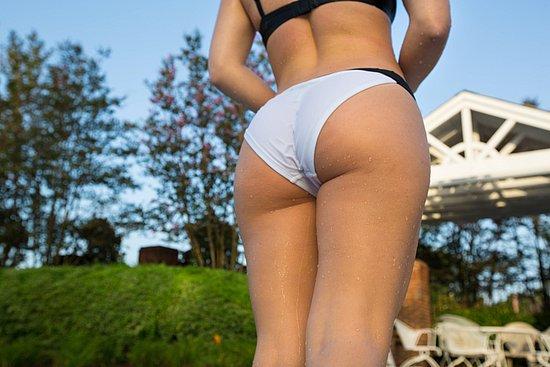 bonus_butts_4410.jpg