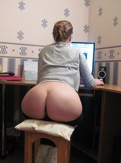 bonus_butts_4587.jpg