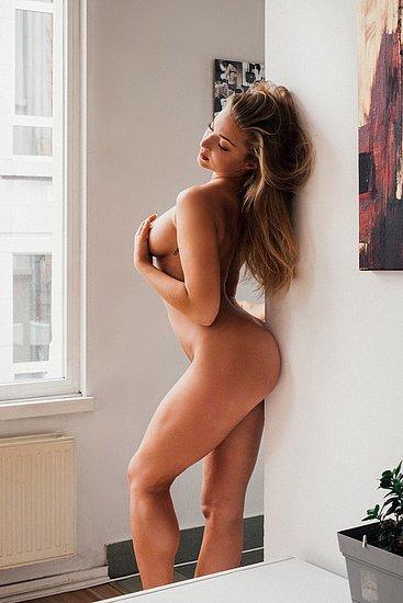 bonus_butts_5226.jpg