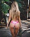 bonus_butts_3927.jpg