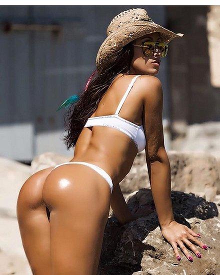 bonus_butts_5304.jpg