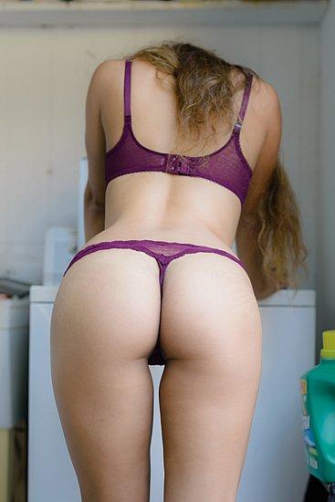 bonus_butts_5312.jpg