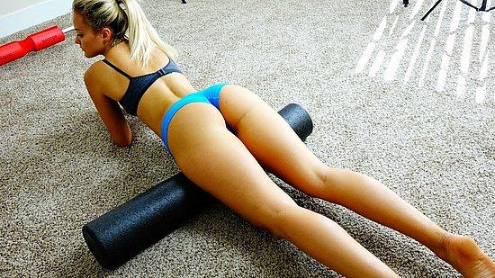 bonus_butts_5610.jpg