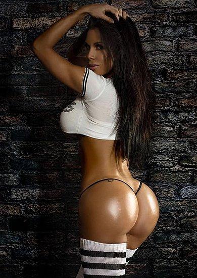 bonus_butts_5786.jpg