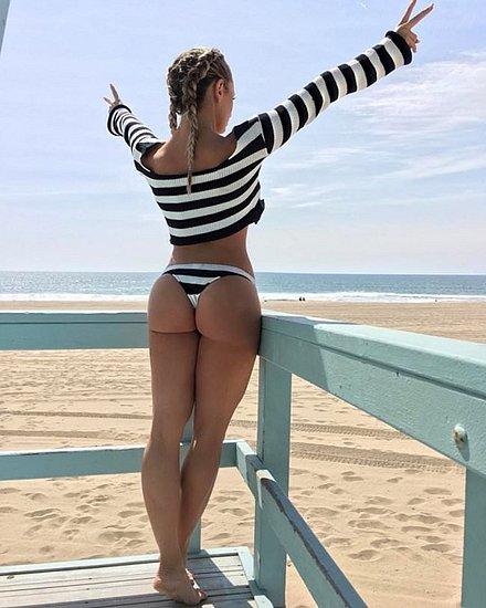 bonus_butts_6474.jpg