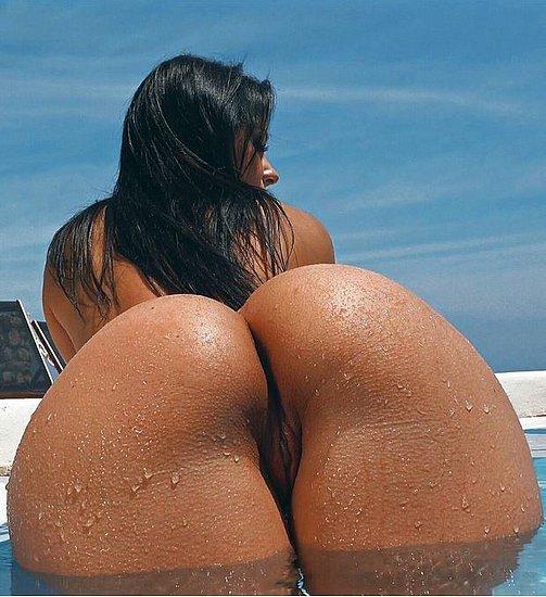 bonus_butts_6647.jpg