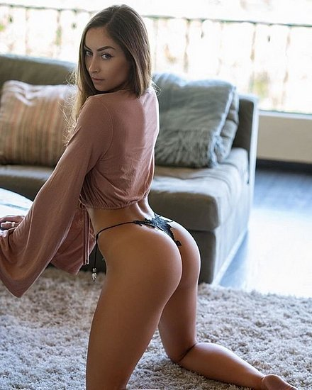 bonus_butts_6748.jpeg