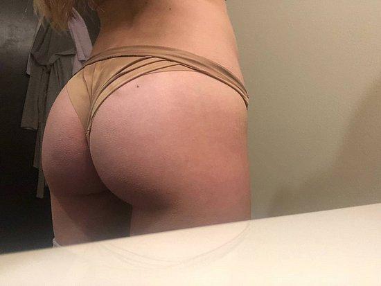 bonus_butts_6776.jpg