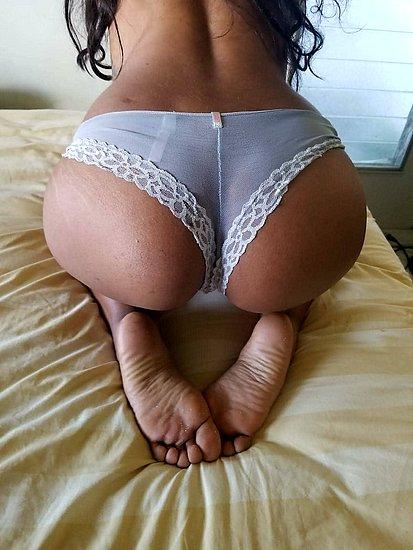 bonus_butts_6799.jpg