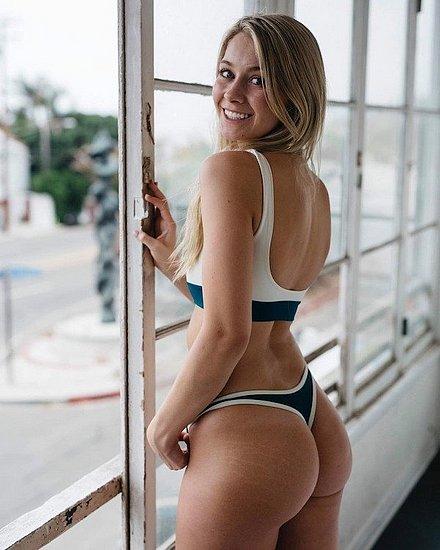 bonus_butts_7112.jpg