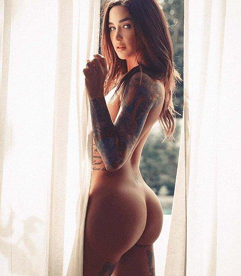 bonus_butts_7119.jpg