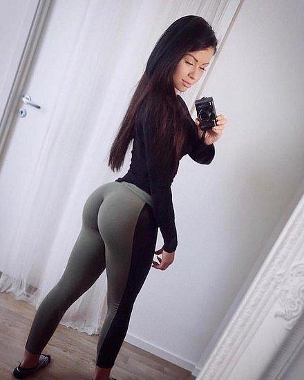 bonus_butts_7152.jpg