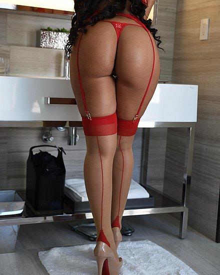bonus_butts_7528.jpg