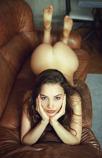 bonus_butts_7587.jpg