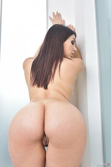 bonus_butts_7614.jpg