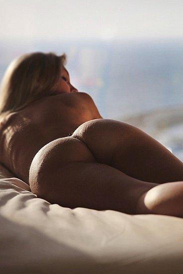 bonus_butts_7646.jpg
