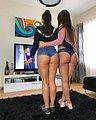 bonus_butts_6710.jpg