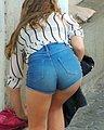 bonus_butts_7500.jpg