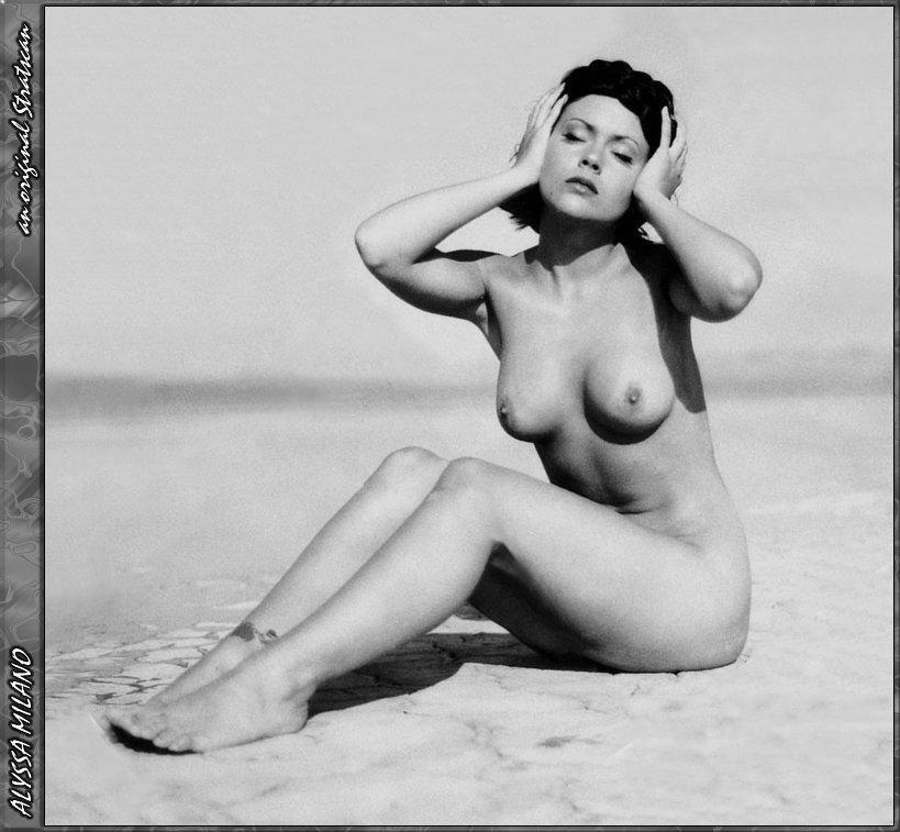 Getting hard on nude