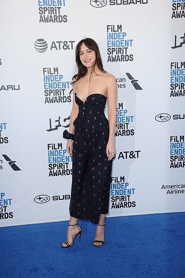 dakota_johnson_12.jpg