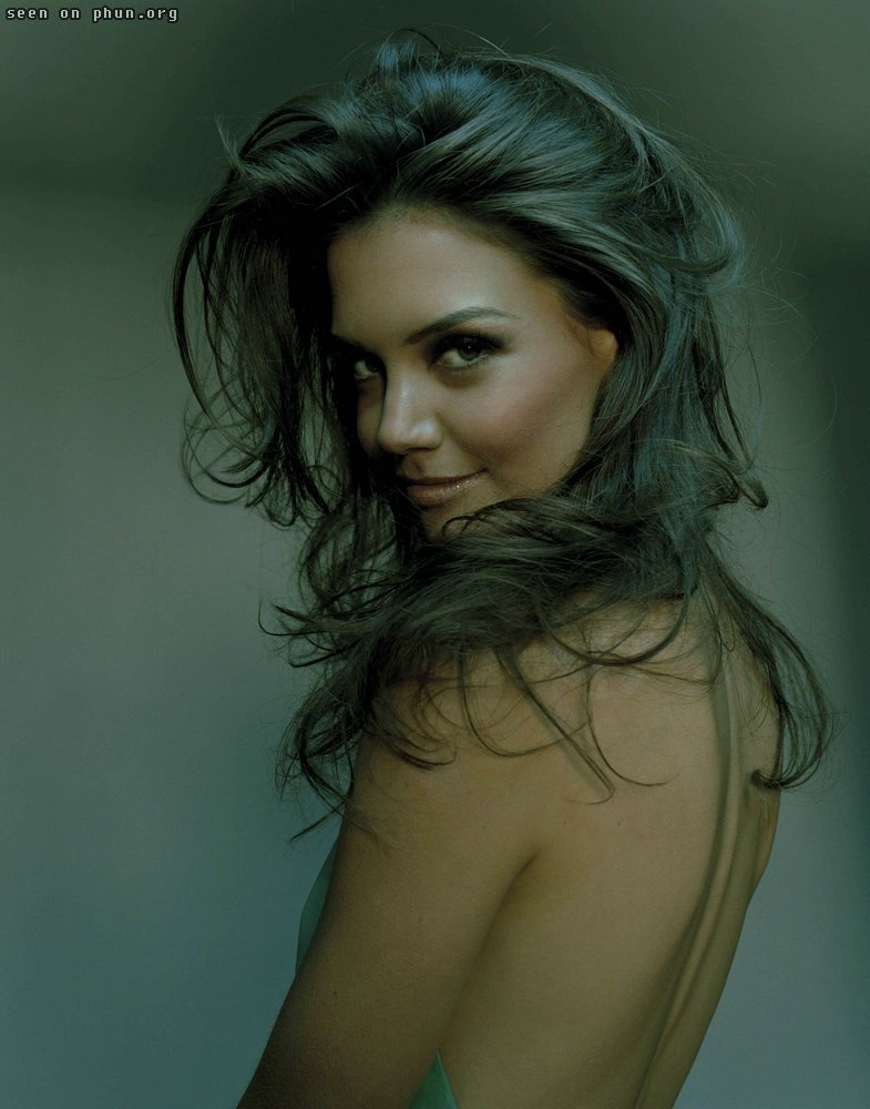 Katie Holmes - Gallery and Pictures