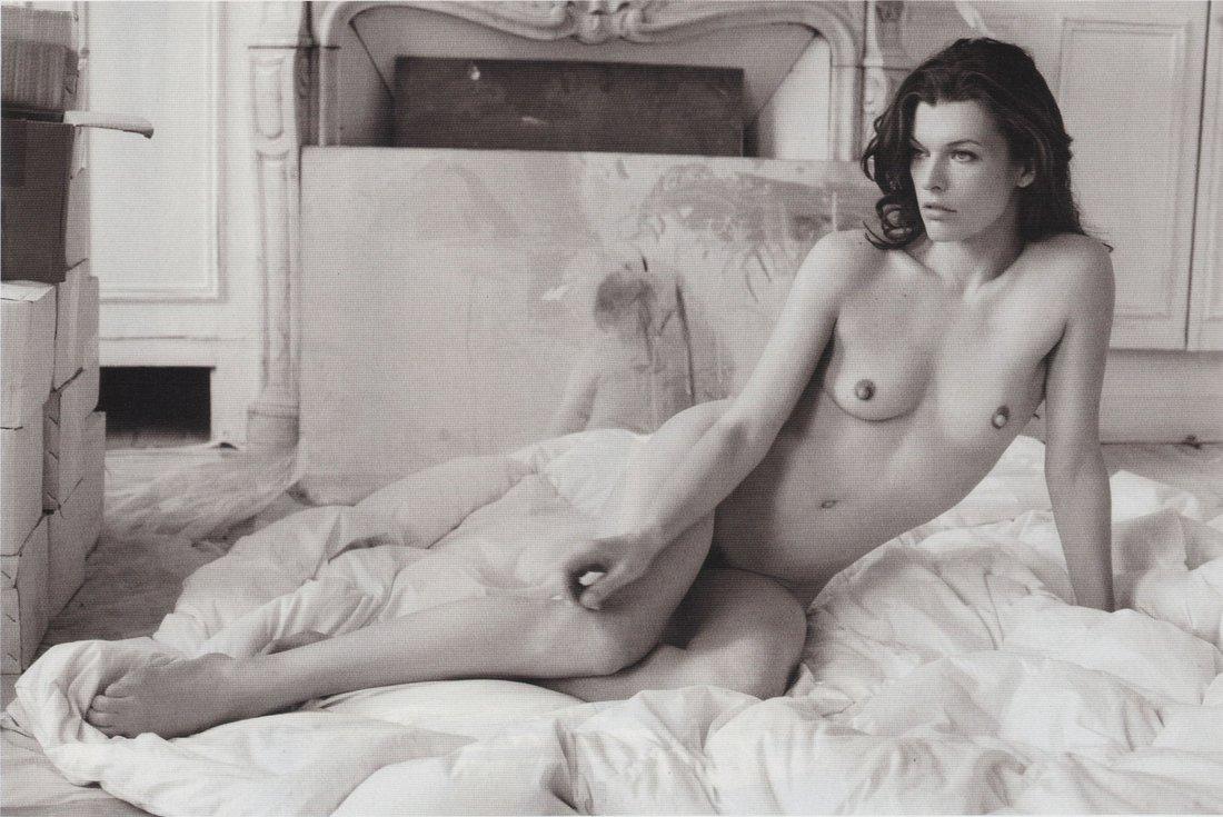 pregnant Milla nude jovovich