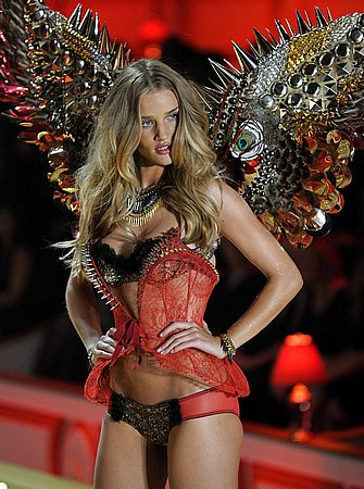 rosie_huntington_whiteley_10.jpg