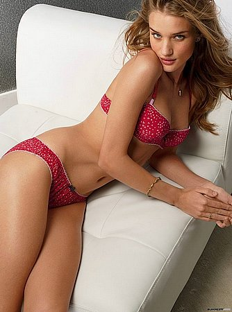 rosie_huntington_whiteley_40.jpg