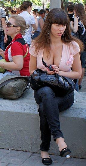accidental_nudity_10.jpg