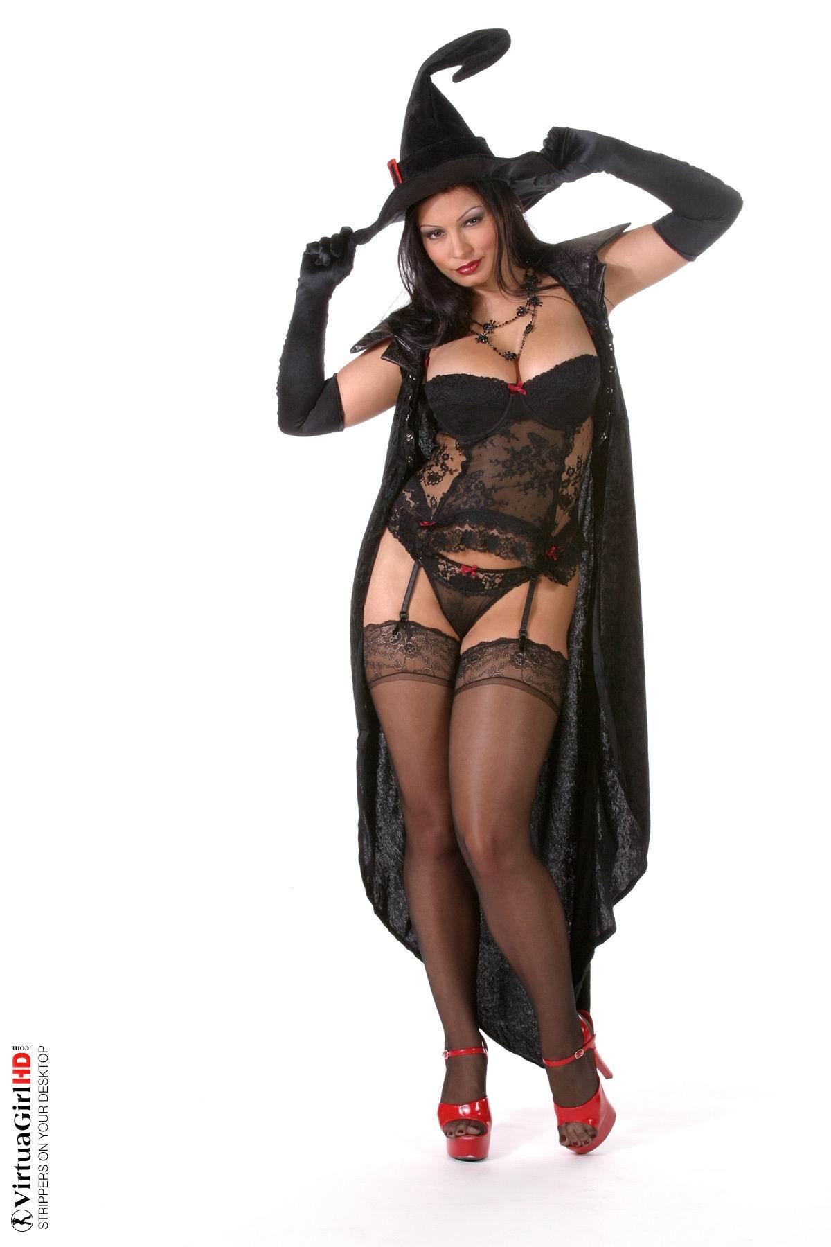 Фото голая ведьма бесплатно 20 фотография