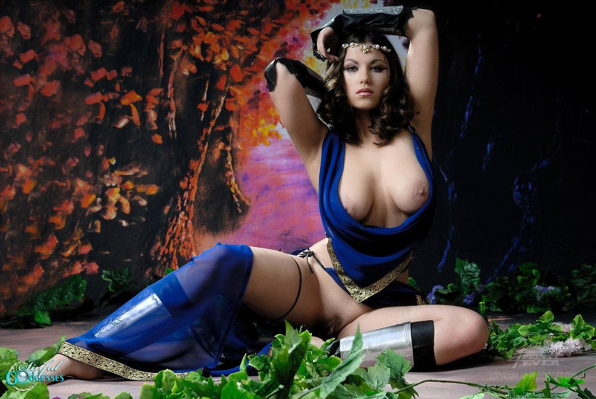 yunaya-gimnastka-porno-foto