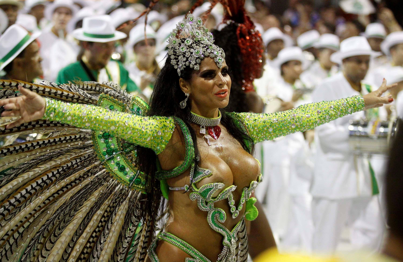vremya-brazilskie-devushki-karnaval-goryachee-video-kartinki-mass-effekt