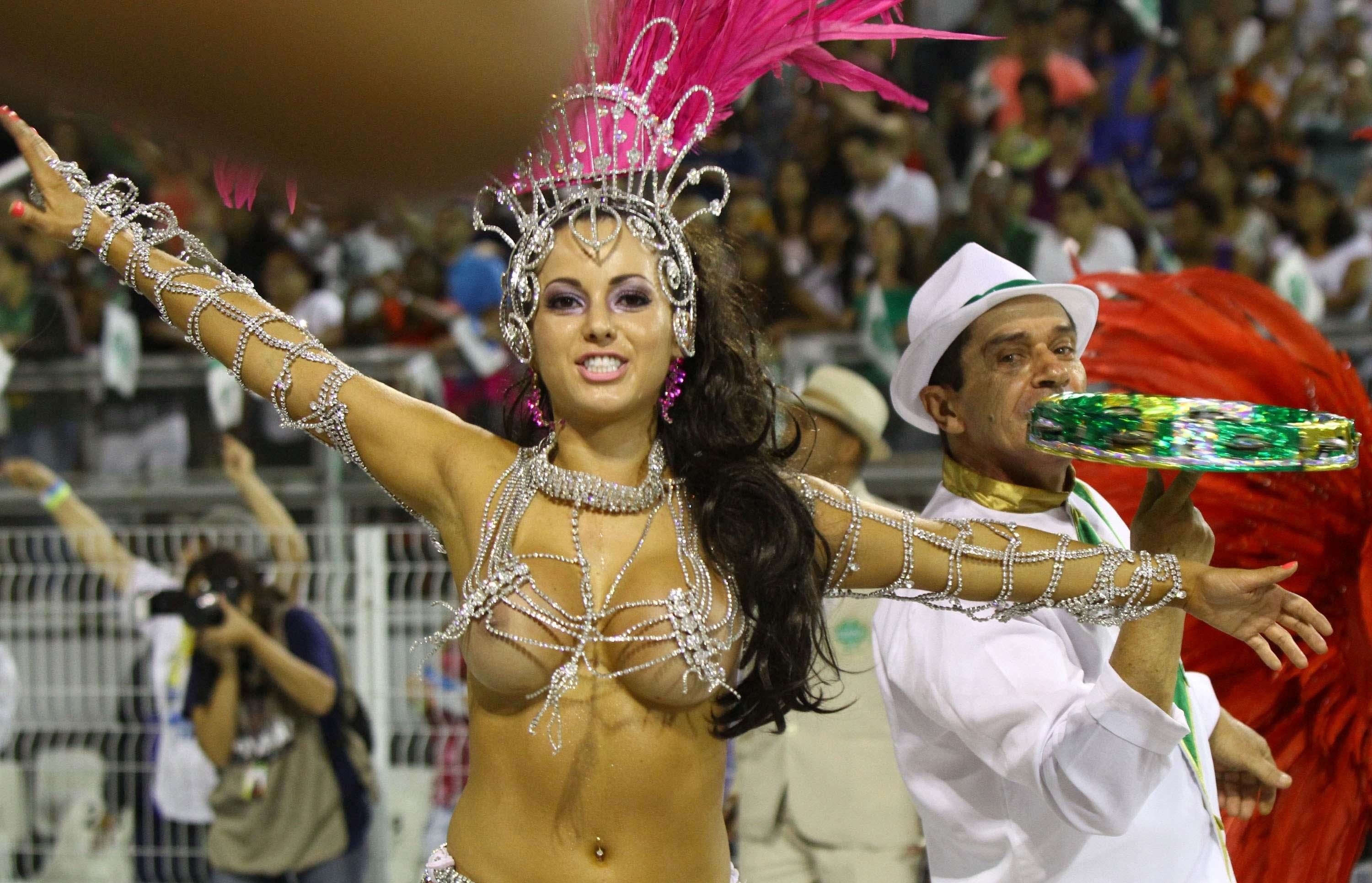 Nude carnival babes — photo 13