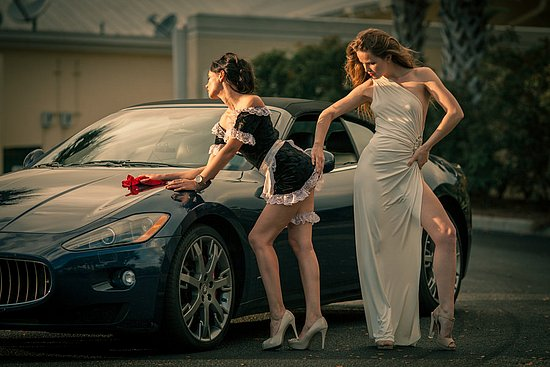 girls_and_cars_07.jpg