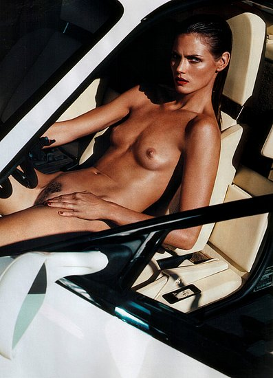 girls_and_cars_19.jpg