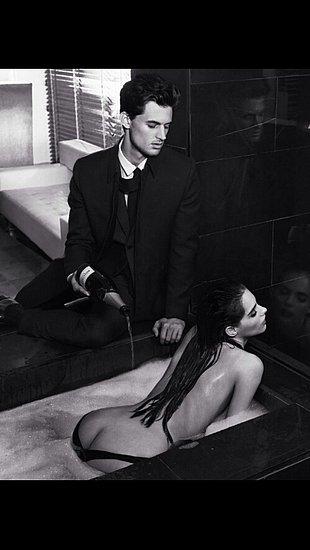 girls_in_bathtubs_31.jpg