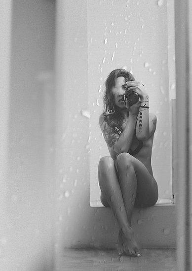girls_in_bathtubs_37.jpg