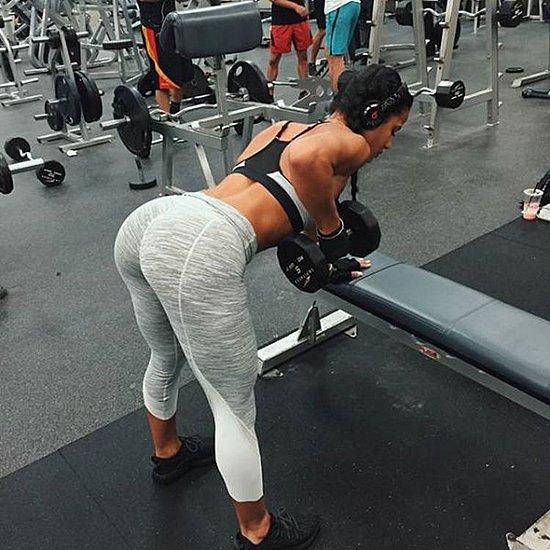 girls_in_yoga_pants_23.jpg