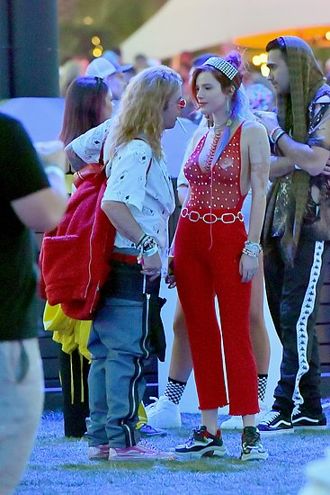 girls_coachella_2018_07.jpg