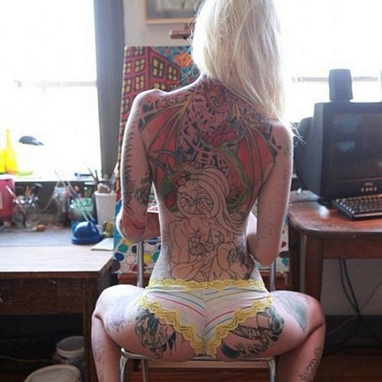 ink_on_girls_29.jpg