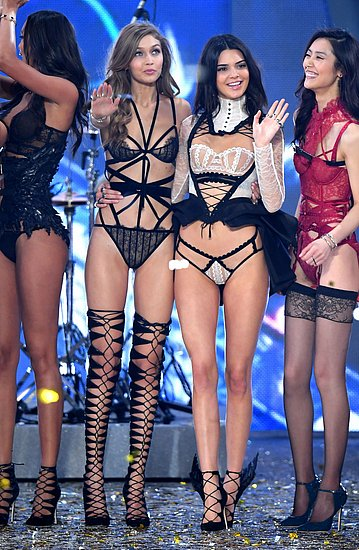 victorias_secret_fashion_show_2016_18.jpg