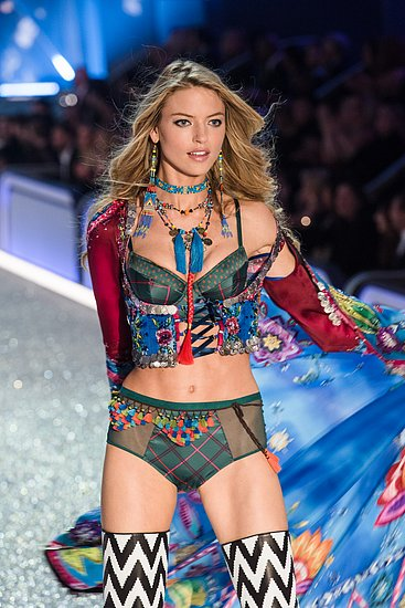 victorias_secret_fashion_show_2016_28.jpg