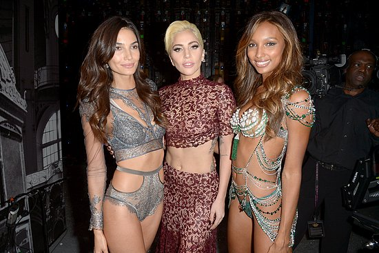 victorias_secret_fashion_show_2016_34.jpg