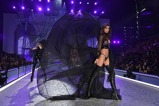 victorias_secret_fashion_show_2016_37.jpg